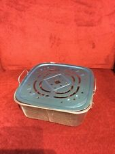 9 1/4 inch square steamer basket with lid new never used