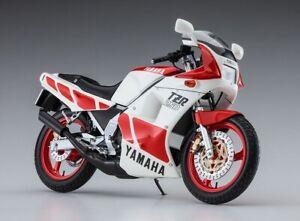 Hasegawa BK-11 1/12 Scale Model Motorcycle Kit Yamaha TZR250 (1KT) 1985