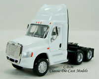 Freightliner Cascadia Tractor White Day Cab Tandem Axle 1/87 HO Promotex 6509