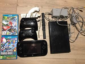 Console Nintendo WII U 32Go + 3 manettes + game pad + 2 jeux