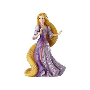 Disney Showcase Rapunzel from Tangled  Couture De Force Figurine 6001661