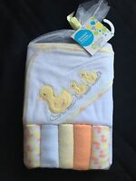 Hooded Towel & 5 Washcloth Gift Set Boys Girls Yellow Shower Duck Baby Gear