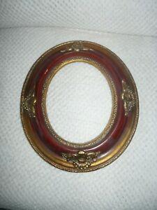 Encadrement ovale rouge médaillon d: 38,5 x 33 cm