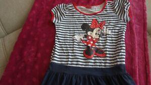 Disney Kleid Minnie Mouse Gr. 122/128
