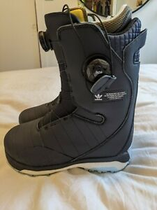Men's Adidas Acerra 3st ADV Boots size 9 ink/blue/silver $420