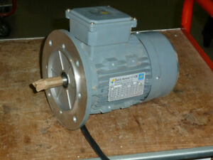 3 Phase Motor, Flange-Mounted, 1.1kW