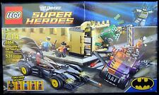LEGO DC BATMAN II 6864 Batmobile and the Two-Face Chase
