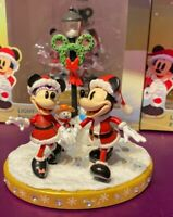 2020 Disney Parks Light Up Figurine Christmas Holiday Mickey & Minnie Mouse