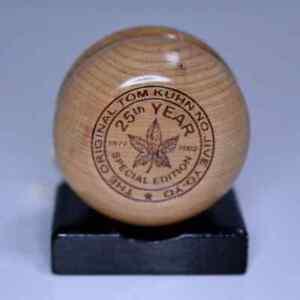 Tom Kuhn Maple Leaf 25th Anniversary Yo-Yo Mint in Box