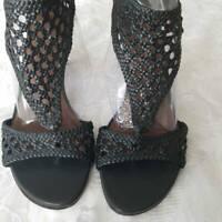 Donald J Pliner Womens Sandals Black Cuban Heels Zipper Cut Out Leather 8 N