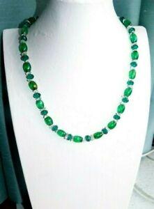 JEWELLERY VERY PRETTY EMERALD GREEN GLASS, GLASS CRYSTAL & QUARTZ NECKLACE 958