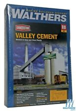 Walthers 933-3098 Valley Cement Plant Kit HO Scale Train