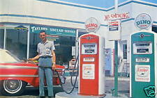 """Jeffersonville IN """"Taylor's Sinclair Service"""" Postcard * Gas Station * Indiana"""