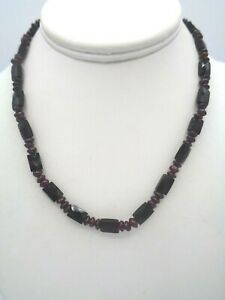 """Stunning Dainty Onyx & Garnet Beaded Silver Plated Toggle Clasp Necklace 16"""""""
