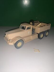 Corgi WW11 Collection - DIAMOND T ARMY TRUCK 1.50 With Mirrors Spare Wheel Etc