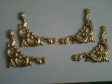 Decorative Resin Moulding - Set of 4 Decorative Corners - Gold Painted Colour