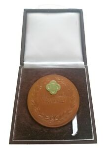 T T races  competing and finishing medal EXCELLENT CONDITION