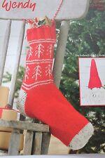 Wendy 5753 Modello a Maglia Aran Scandi Stile Natale calza e infeltriti a mano Gnomo
