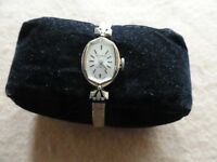 Swiss Made 17 Jewels Incabloc Mechanical Wind Up Rodania Ladies Watch