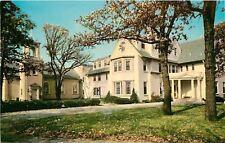Barrington IL~Bellarmine Hall~Jesuit Retreat House~Catholic~1970 Postcard