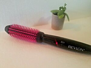 "Revlon Pro Collection Salon Long Lasting Volume Heated Silicone Brush 1"" Barrel"