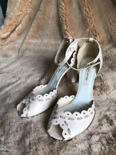 AUTHENTIC Marc Jacob Cream White Lace Mary Jane Heels Sz 38.5 Wz Added Sole