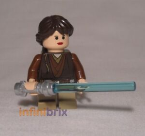 Lego Female Padawan Minifigure from Promotion Set Holocron Star Wars NEW sw517a