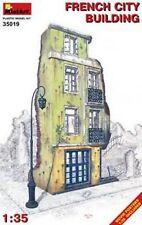 MIN35019 - Miniart 1:35 - French City Building