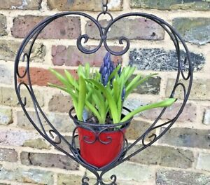 Hanging Basket Heart Shape Garden Ornament Metal Flower Basket Gift Quirky