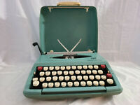 Vintage Aqua Portable Typewriter with Cover-Smith Corona Corsair Deluxe-Works