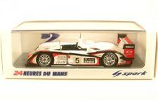 1 43 Spark Audi R8 Winner le Mans 2004