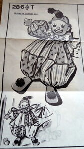 GREAT VTG CLOWN DOLL PAJAMA BAG CLOTHING SEWING PATTERN UNCUT