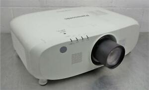 Panasonic PT-EZ770Z WUXGA LCD Projector 100-240V 50/60Hz 6.7-2.5A