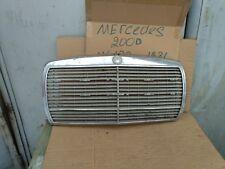W123 MERCEDES BENZ Grille
