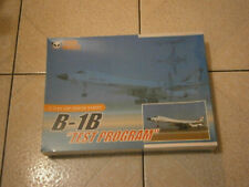 "MAQUETTE AVION B-1B LANCER ""TEST PROGRAM"" USAF PANDA MODELS 1/144"