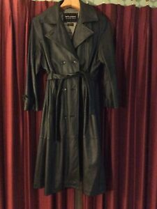 WILSON WOMEN OR MEN XL LEATHER TRENCH COAT
