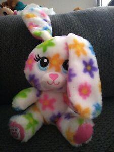 """Build A Bear Smallfry Spring Easter Rainbow Flower Bunny Rabbit Daisy's 6"""" Mini."""