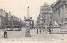 LE HAVRE 238 le palais de justice et le boulevard de strasbourg vélo tramway ti.