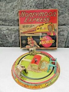 Louis Marx Honeymoon Express Wind Up Tin Train with Box works