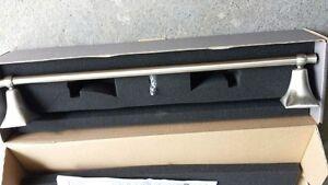 "Jado Illume 18"" Towel Bar 020/460/144 Brushed Nickel"