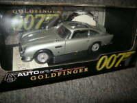 1:18 Autoart Aston Martin DB 5 James Bond 007 Goldfinger Weapons Nr 70021 in OVP