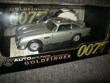 1:18 Autoart Aston Martin DB 5 James Bond 007 Goldfinger Weapons Nr 70021 in OVP