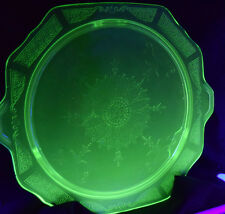 """Glass Cake Plate Green Depression Vaseline Uranium Footed Pie Stand Handled 10"""""""
