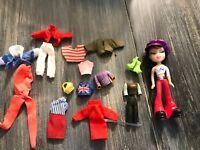 Lot BRATZ Doll With Shoes, Clothes, Accessories E7