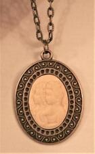 Lovely Swirl Accent Cream Two Girls Sisters Friends Cameo Brasstone Necklace