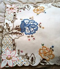 "Amazing Colorful Floral Embroidered and Cutwork Madeira Linen Runner 26""x13.5"""