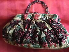 CHRISTMAS-HOLIDAY-WOMEN'S-POINSETTIA-GOLD-RED-GREEN-HANDBAG-PURSE  UNIQUE!