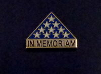 IN MEMORIAM Folded US Flag memorial lapel pin military/veteran USA old glory