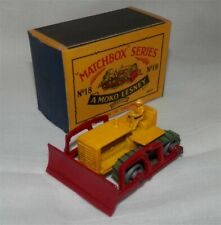 1950s.LESNEY.Matchbox.18 a Caterpillar Bulldozer. metal WHEELS.MINT IN BOX