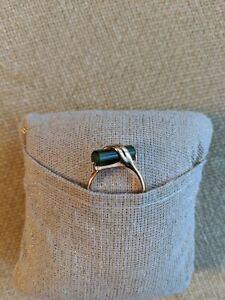 Vintage Avon Captured Jade Ring-gold electroplate-sz 6